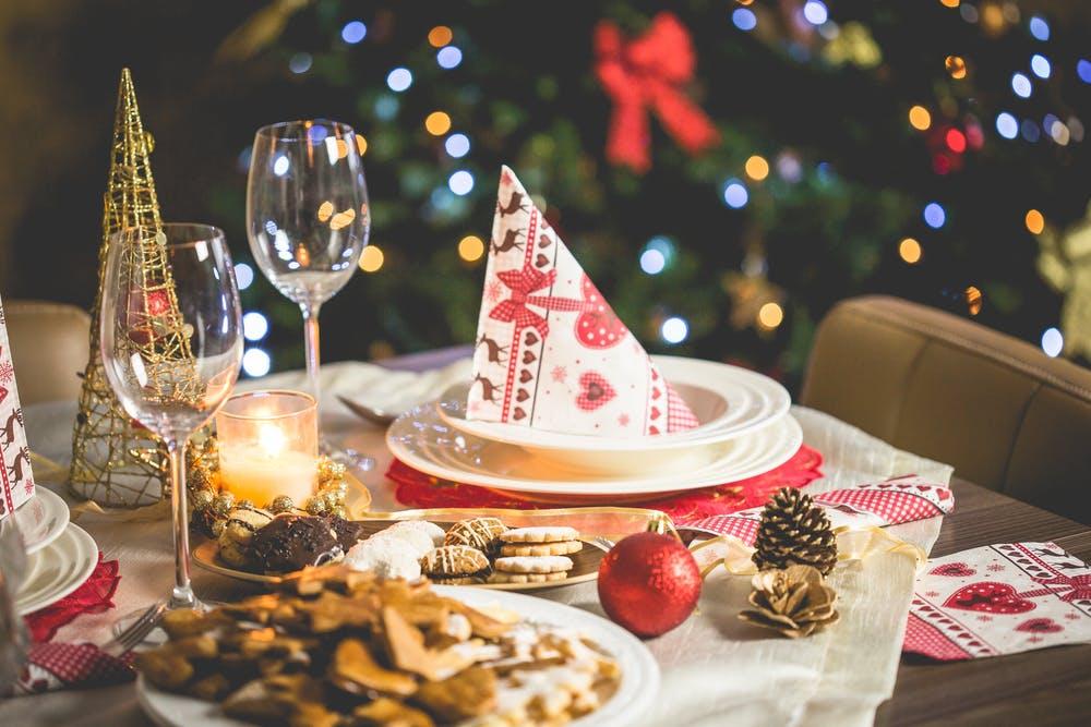 把酒言歡慶賀聖誕